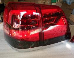 Стоп-сигналы Toyota Land Cruiser 200 (2007-2015) в стиле 2016 темные