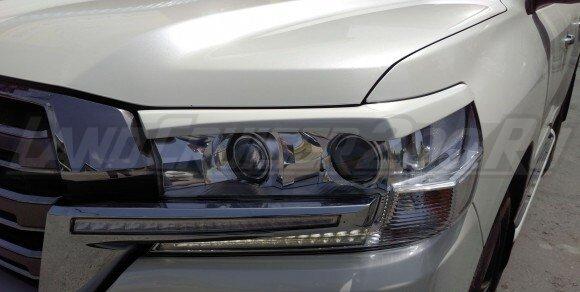 Накладки на фары (реснички) Toyota Land Cruiser 200 (2016-2021)