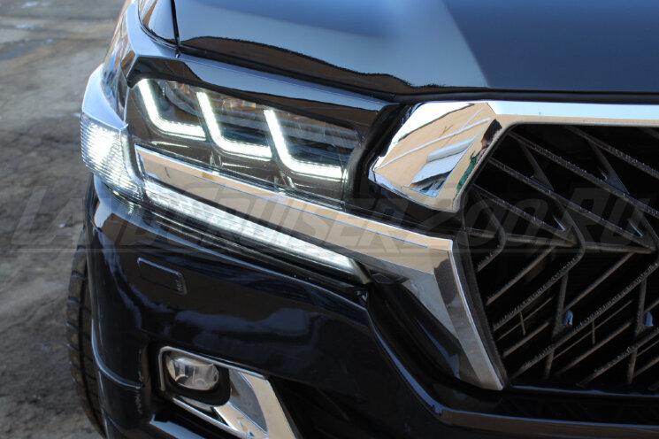 Фары в стиле Lexus на Toyota Land Cruiser 200 (2016-2021) Светлые